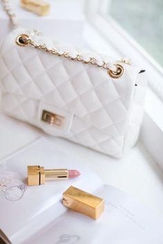 Emmy DE * Chanel Flap Bag #white