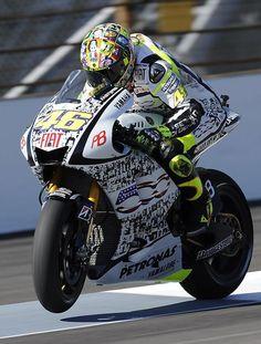 Valentino Rossi MotoGP motorcycle Fiat 500 livery