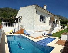 Villa Aquamarina is located in the prestigious and elegant Buenavista Urbanisation of Mijas Pueblo, is south facing and enjoys superb sea and mountain view. The plus point of the villa consists in the child friendly ...