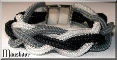 Diesmal ist das WirrWarr nicht in lila sondern in schwarz-grau-weiß! *** This time the WirrWarr in black-grey-white and not in purple! Made of Toho Seed Beads! Grey And White, Seed Beads, Beading, Bracelets, Jewelry, Design, Gray, Black, Beads