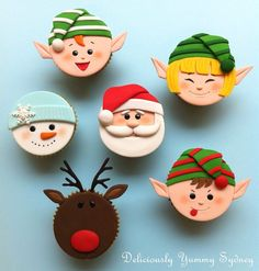 59 trendy ideas for cupcakes fondant navidad Christmas Cupcake Toppers, Christmas Cake Decorations, Christmas Cupcakes, Christmas Sweets, Christmas Cooking, Holiday Cakes, Noel Christmas, Christmas Goodies, Santa Cupcakes