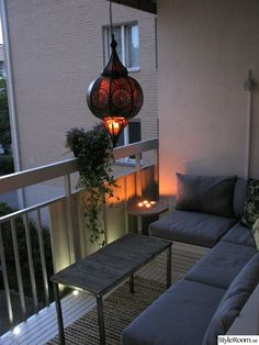Decoration with insulation tape: see 60 amazing ideas to decorate - Home Fashion Trend Modern Balcony, Small Balcony Decor, Style At Home, Home Design Decor, House Design, Home Decor, Design Design, Balcony Furniture, Ikea Furniture