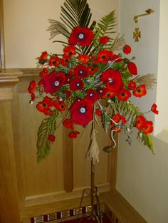 Photos of my Flower Arranging Christmas Flower Arrangements, Artificial Flower Arrangements, Christmas Flowers, Amazing Flowers, Love Flowers, Casket Flowers, Remembrance Day Poppy, Poppy Pattern, Funeral Arrangements