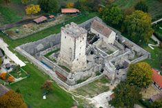 A Balaton környékének legszebb várai és közeli fürdőik Hungary, Europe, Mansions, House Styles, Places, Viajes, Manor Houses, Villas, Mansion