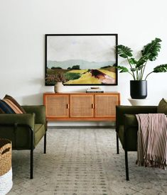 If you are living in your own house or a rental place, you can vary your interior design choice to transform your living quarters into a home. Those with a budget can use affordable interior design products in order to spruce up one room or revamp an. Living Room Designs, Living Room Decor, Living Spaces, Decor Interior Design, Interior Decorating, Interior Plants, Estilo Tropical, Home Remodeling, Interior And Exterior