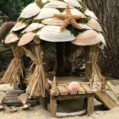 Miniature Beach Hut
