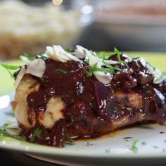#Haehnchen mit #Schoko #Sauce! Klingt kurios, schmeckt aber! #Chakall zeigt uns wie es zubereitet wird! #Rezepte