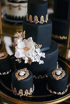 Black And White Wedding Cakes Ideas ❤ See more: http://www.weddingforward.com/black-and-white-wedding-cakes/ #weddingforward #bride #bridal #wedding