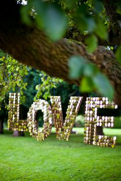 A Pocketful of Dreams - gorgeous wedding decor touches