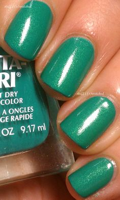 Sally Hansen - S-teal a Base