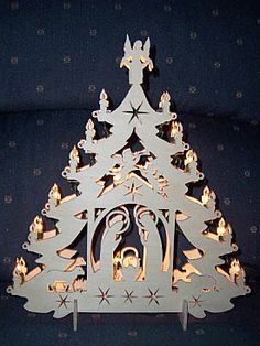 Scroll Saw Patterns :: Lighted projects :: Trees :: Nativity tree ~ Im sure these could also be made using construction paper, card stock or cardboard. Christmas Nativity, Christmas Paper, Christmas Projects, Christmas Ornaments, Scroll Pattern, Scroll Saw Patterns, Kirigami, Nativity Silhouette, Wood Crafts