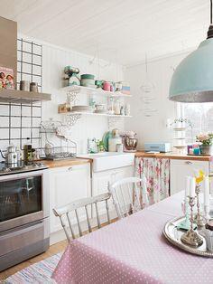 Polka dots kitchen