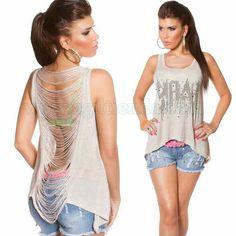 #Top #sinmangas con# tiras en la #espalda para #complementar tu #look más #urbano y #casual. #Camiseta #diseño #holgado con #estampado #brillante y #letras y #corte #zigzag, #colores #vivos y #alegres para #brillar este #verano. Encuentralo en: http://www.agiltienda.com/es/tops-y-camisetas/2210-top-con-tiras-en-la-espalda-8400022105080.html #online #shop #sexy #fashion @agiltienda.es