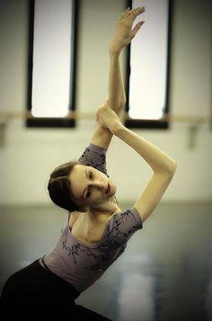 Ballet Beautiful :Svetlana Zakharova - SVETLANA ZAKHAROVA People's Artist of Russia, laureate of the Russian state prize, prima ballerina of the Bolshoi Theatre of Russia, étoile of La Scala, Sv