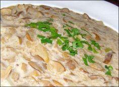 Maślaki duszone w śmietanie Bread, Chicken, Dinner, Food, Dining, Brot, Food Dinners, Essen, Baking