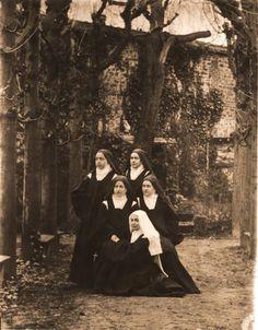 Photo 30 - Saint Therese of Lisieux