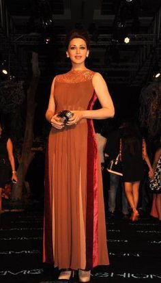 Sonali Bendre in diffusion wear by Manish Malhotra!