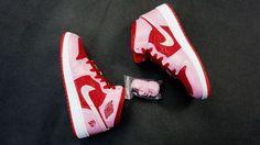 "Air Jordan 1 Mid GS ""Valentines Day"" http://www.equniu.com/2013/01/22/air-jordan-1-mid-gs-valentines-day/"