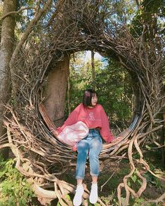 Image may contain: 2 people, tree, plant, outdoor and nature Teenage Girl Photography, Girl Photography Poses, Hidden Face Dpz, Fake Girls, Cute Korean Girl, Selfie Poses, Girl Body, Kawaii Girl, Ulzzang Girl