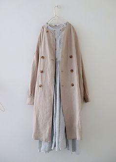 Gauze cotton wooden button dress (a) Iranian Women Fashion, Muslim Fashion, Womens Fashion, Mori Fashion, Fashion Dresses, Photo Hijab, Modest Outfits, Casual Outfits, Hijab Fashion Inspiration