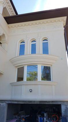 Proiect Casa Rezidentiala zona Podul Grant, Bucuresti – Profile Decorative Classic House Exterior, Facade Design, Design Case, Windows And Doors, Architecture, Profile, Interior, Home Decor, Arquitetura