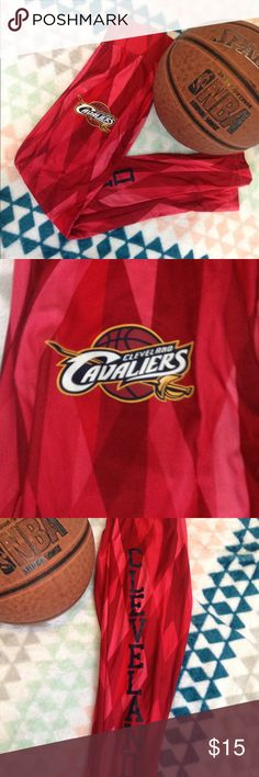 Lady's gym pants . Red Cleveland Cavaliers lady leggings.Good condition once worn ,high waist . NBA Pants Leggings