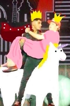 Zayn and Niall riding a unicorn. what>>> I almost thought that our fandom was normal. One Direction Humor, One Direction Pictures, I Love One Direction, Larry, Irish Boys, Thing 1, 1d And 5sos, Reaction Pictures, Cool Bands