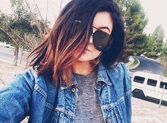 f1feda4f0495 Kylie Jenner  Denim Jacket + Grey Tee + Black Aviators