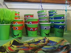 Ninja Turtle Party Cups by loinely Turtle Birthday Parties, Ninja Turtle Birthday, Ninja Turtle Party, Birthday Fun, Ninja Turtles, Birthday Ideas, Lego Ninjago, Shimmer Y Shine, Lego Friends