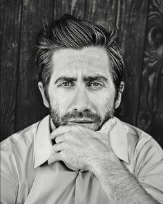 Jake-Gyllenhaal-Esquire-UK-Simon-Robins-05-620x773.jpg