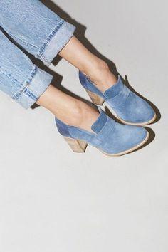 No.6 Stacked Heel Loafer in Boemia / Jeans #flatlay #flatlays #flatlayapp   www.flat-lay.com