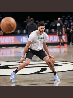 Small Forward, Jayson Tatum, Nba Draft, Boston Celtics, Nba Players, Suit Fashion, One Team, Mens Suits, Basketball