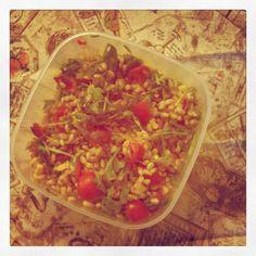 16.11  Andreina_farro con pomodorini, rucola,mais e prosciutto