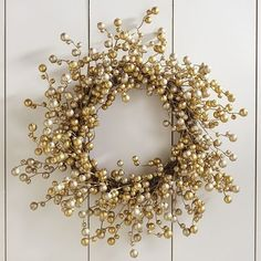 Glitter+Berry+Wreath+-+Gold