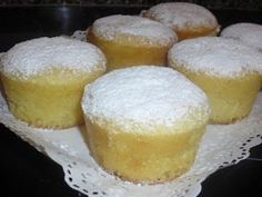 Condensed milk and white choco muffins, Petitchef Recipe - Cupcakes Croissants, Love Cupcakes, Cake Business, Condensed Milk, Cookies, White Chocolate, Sour Cream, Vanilla Cake, Cheesecake