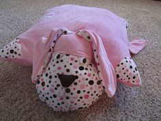 DIY Pillow Pet found @ Twelve Crafts Till Christmas
