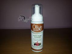 Recenzie: Spuma de curatare Olive Beauty MediCare
