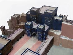 Portões de Ishtar, entrada da Babilônia, exposto em Berlin