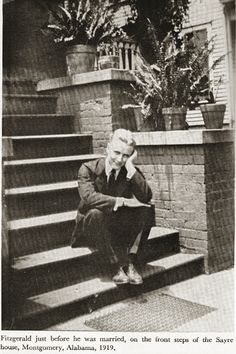 F Scott Fitzgerald just before he was married on the front steps of the Sayre house, Montgomery, Alabama, American Literature, American History, Scott And Zelda Fitzgerald, Writers And Poets, People Of Interest, Portraits, Vintage Photos, The Dreamers, Porch Steps