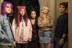 Gregg Sulkin, Ariela Barer, Lyrica Okano, Virginia Gardner and Allegra Acosta in Marvel's Runaways (43)