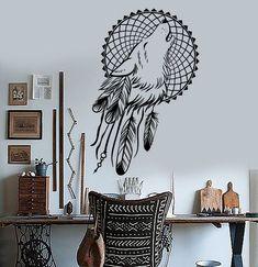 Con los vinilos decorativos, las paredes aburridas o a un único color son cosa del pasado. Las posibilidades que te ofrecen son infinitas. ¿Tienes la decor