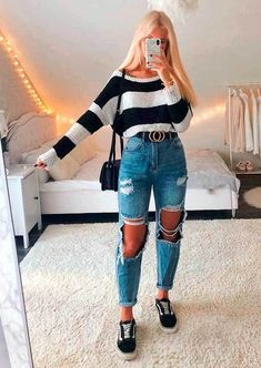 Trendy Fall Outfits, Cute Comfy Outfits, Basic Outfits, Mode Outfits, Retro Outfits, Stylish Outfits, Cute Jean Outfits, Girls Fashion Clothes, Winter Fashion Outfits