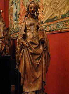 Св. Мария Магдалина. Деревянная скульптура, Франция, около 1500 г.  Musee du Moyen Age, Paris.