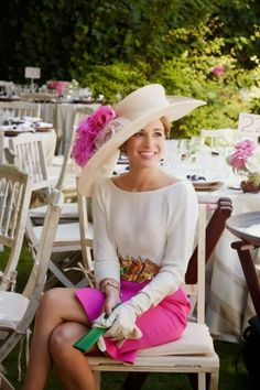 Pink skirt and white gloves for a wedding guest look
