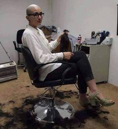 Darling, You Should Go and Cut Your Hair Balding Long Hair, Long Hair Cuts, Bald Head Women, Shaved Hair Cuts, Shaved Heads, Skinhead Reggae, Shave My Head, Going Bald, Bald Girl