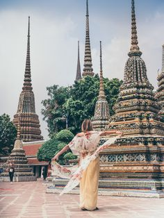 How to make the most of your 24 hours in Bangkok. What to visit, where to go, what to be careful about. Our tips with many good images. Visit Thailand, Bangkok Thailand, Thailand Travel, Asia Travel, Travel Photography, Lifestyle Photography, Photography Ideas, Tropical Beaches, Best Photographers