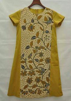 Batik Indonesia Blouse Batik, Batik Dress, Blouse Dress, Emo Dresses, Fashion Dresses, Party Dresses, Traditional Fashion, Traditional Outfits, Tulle Skirt Tutorial