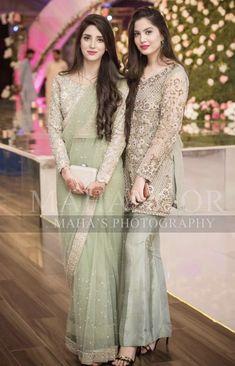 Indian Bridal Entry Wardrobes Ideas For 2019 Shadi Dresses, Pakistani Formal Dresses, Pakistani Wedding Outfits, Wedding Dresses For Girls, Party Wear Dresses, Girls Dresses, Party Dress, Stylish Dresses, Fashion Dresses