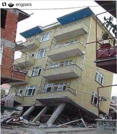 Open Storey bUILDING- Earthquake Collapse