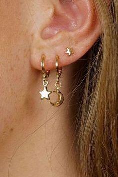 Brass ear cuffs Io - Golden ear cuffs - Elf earrings - Ear crawler - Ear cuff no piercing - Ear wraps - Ear cover earrigns - Custom Jewelry Ideas Simple Earrings, Cute Earrings, Beautiful Earrings, Ear Jewelry, Cute Jewelry, Jewelry Accessories, Jewelry Ideas, Jewelry Stand, Jewelry Box